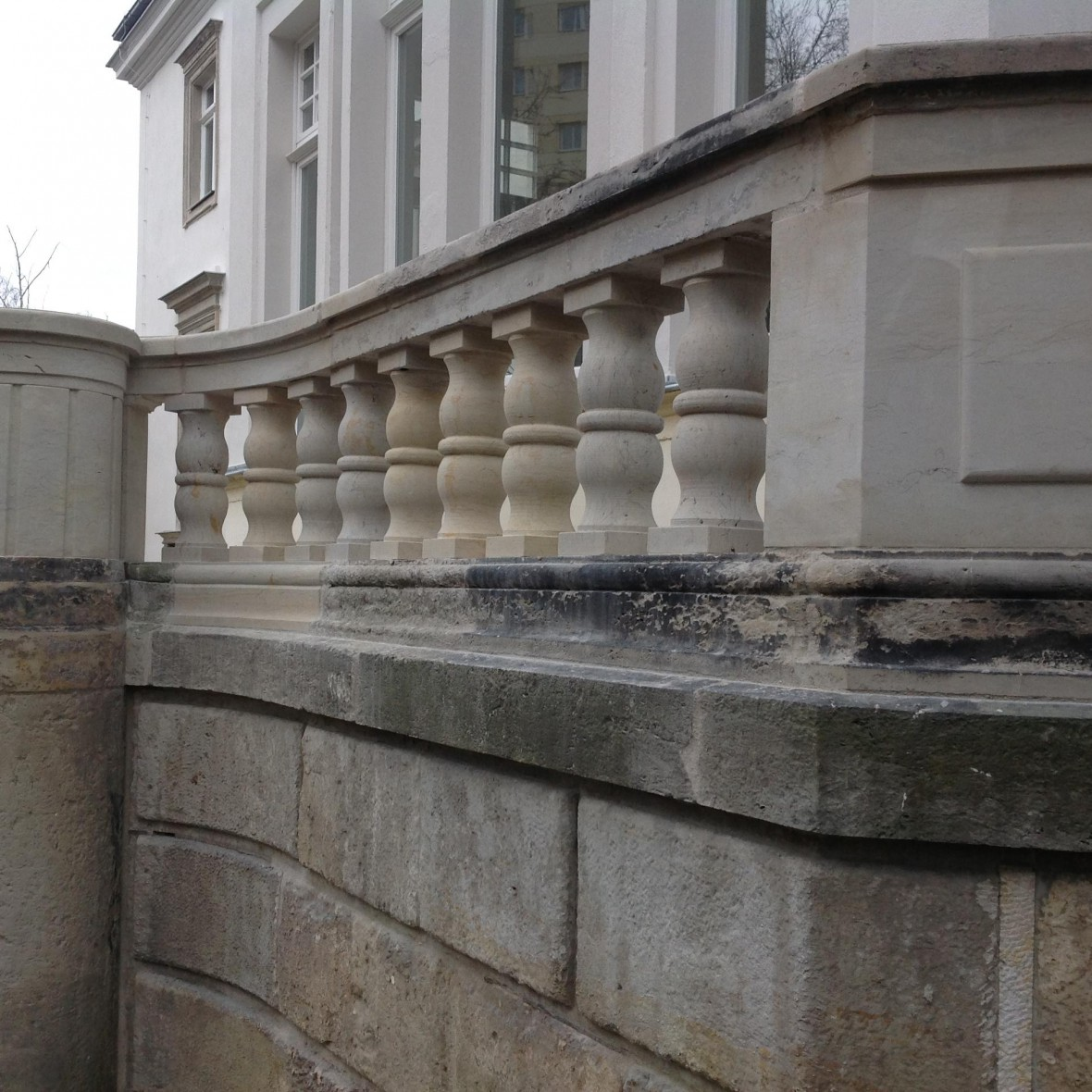 Villa-Dresden-Treppenarbeiten-nachher_Bild-3