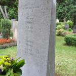 individueller Grabstein aus Muschelkalk
