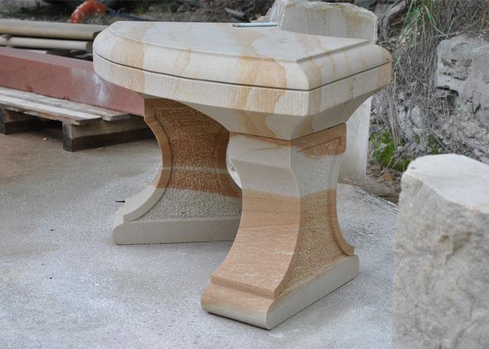 Gartenbank aus Sandstein
