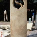 individueller Grabstein aus Sandstein