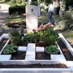 individueller Grabstein aus Jura